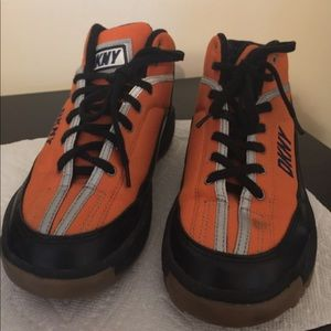 DKNY snow boots